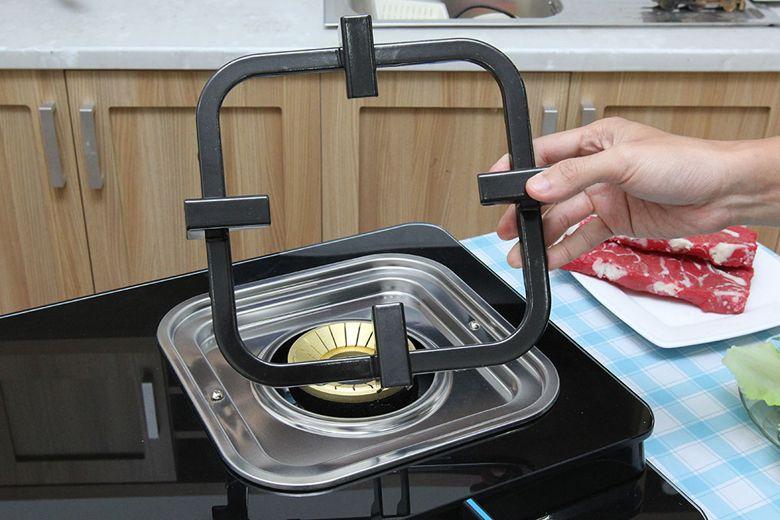 Kiềng bếp có thể tháo rời, giúp bạn dễ dàng vệ sinh sản phẩm