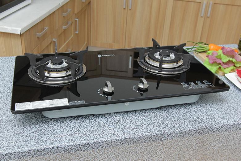 Kiểu dáng hiện đại, mỏng nhẹ, lắp âm vào mặt bếp
