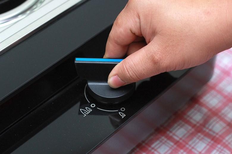 Nút điều chỉnh nhiệt dễ sử dụng