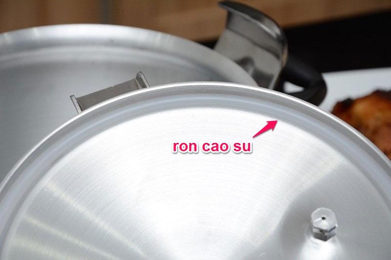 Nồi áp suất cơ Sunhouse PA400 4.0 lít
