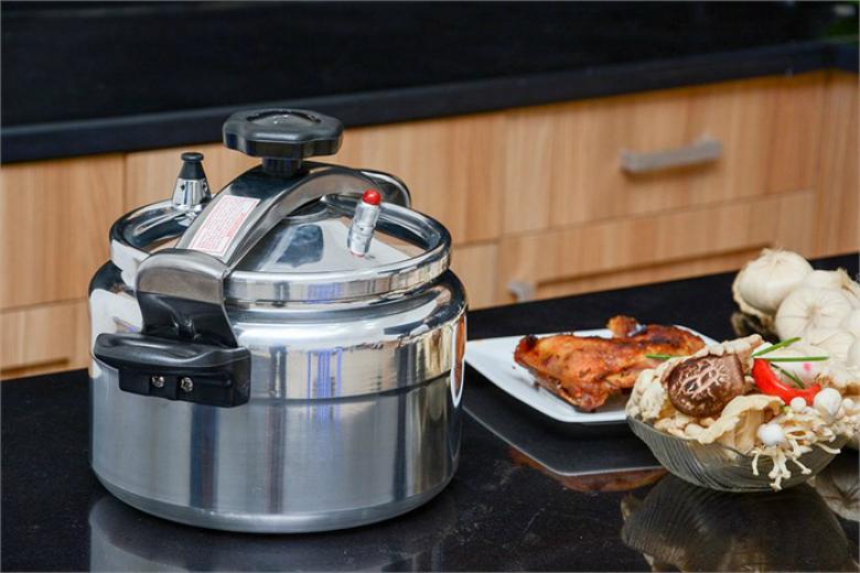 Nồi giúp nấu ăn nhanh mà vẫn đảm bảo đủ chất dinh dưỡng của thức ăn