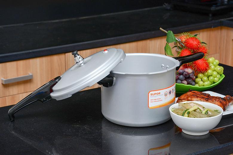 Dung tích 6 lít dễ dàng nấu đủ phần ăn cho 6 đến 8 người