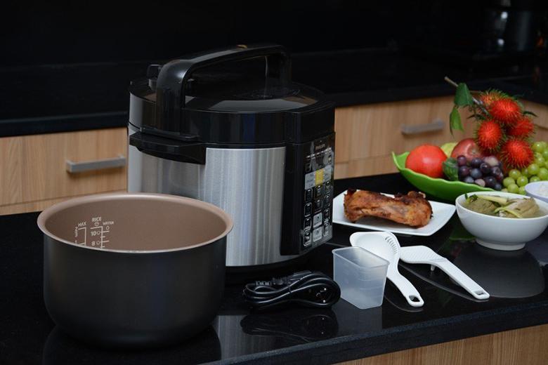 Dung tích 5 lít rộng rãi có thể nấu một lượng lớn thức ăn