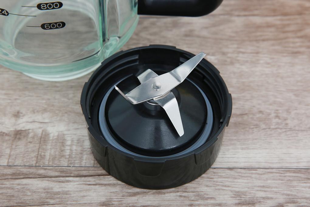 Công suất 1200 W kết hợp lưỡi dao bằng thép không gỉ chống oxi hóa, sắc bén - Máy xay sinh tố Bluestone BLB5357