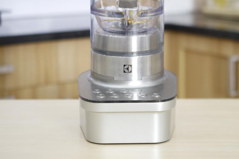 Máy xay sinh tố đa năng Electrolux EBR9804S-5