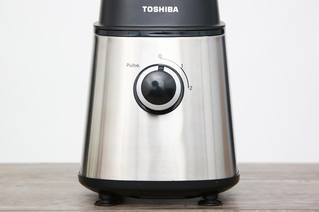 Núm vặn tùy chỉnh 2 tốc độ xay và 1 số nhồi tiện lợi - Máy xay sinh tố Toshiba BL T100G