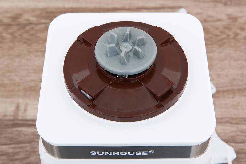 An toàn - Máy xay sinh tố đa năng Sunhouse SHD5582W