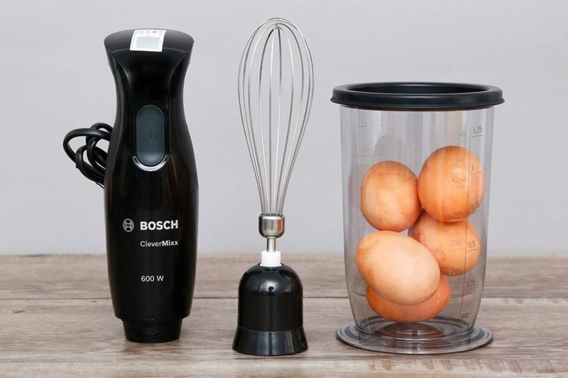 Có que đánh trứng tiện dụng - Máy xay cầm tay Bosch HMH.MSM2650B 600W