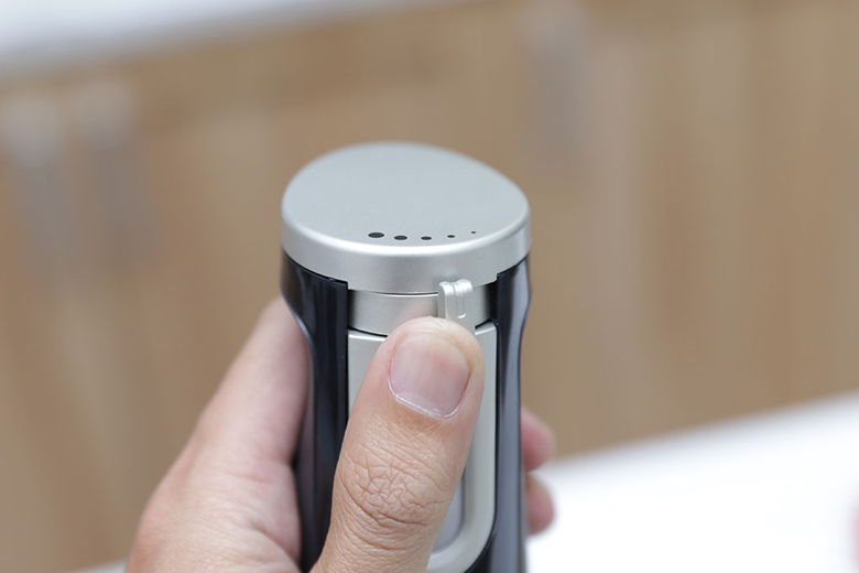 Máy xay sinh tố cầm tay Panasonic PASO-MX-SS1BRA - Điều chỉnh tốc độ xay bằng nút gạt dễ dàng
