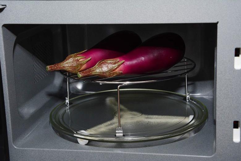 Nướng thức ăn thơm ngon không kém dùng lò nướng