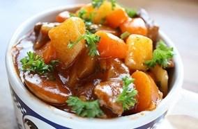 Lò có nhiều chức năng nấu nướng đa dạng