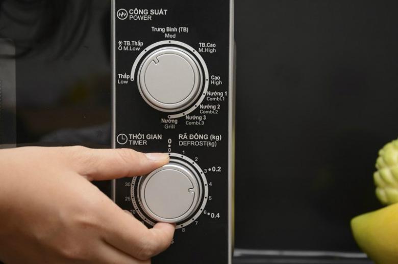Nút xoay có tiếng Việt sử dụng dễ dàng và đơn giản