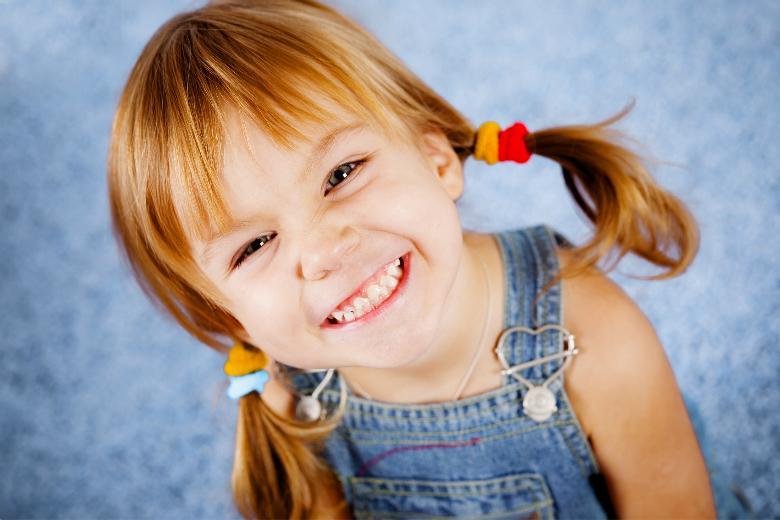 Lò vi sóng sử dụng an toàn ngay khi nhà có trẻ nhỏ