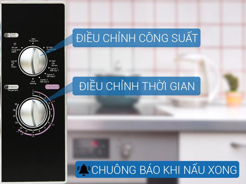 Bảng điều khiển bằng nút xoay dễ dàng thao tác, tiện dùng cho gia đình có người lớn tuổi
