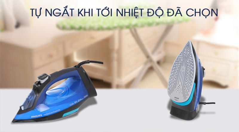 Tự ngắt điện - Bàn ủi hơi nước Philips GC3920