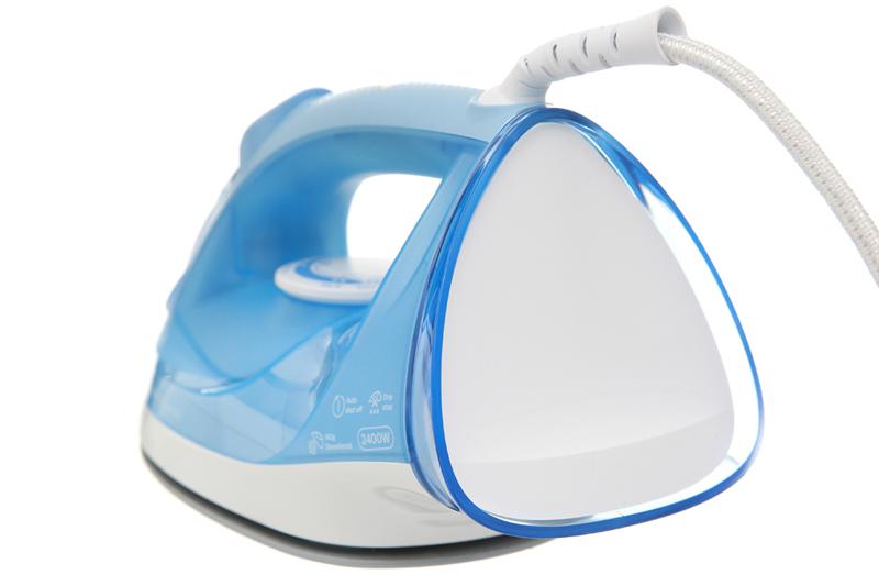 Dây điện xoay 360 độ - Bàn ủi hơi nước Philips GC2676