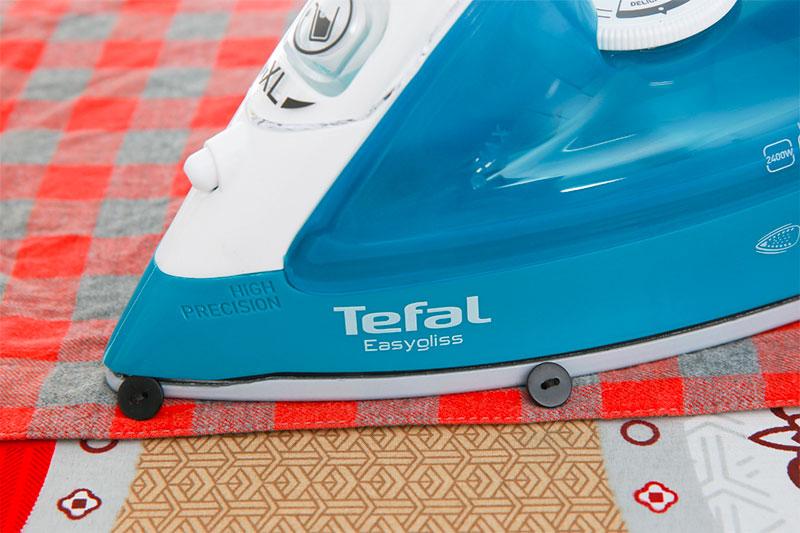 Bàn ủi hơi nước Tefal FV3965E0 - rãnh cúc