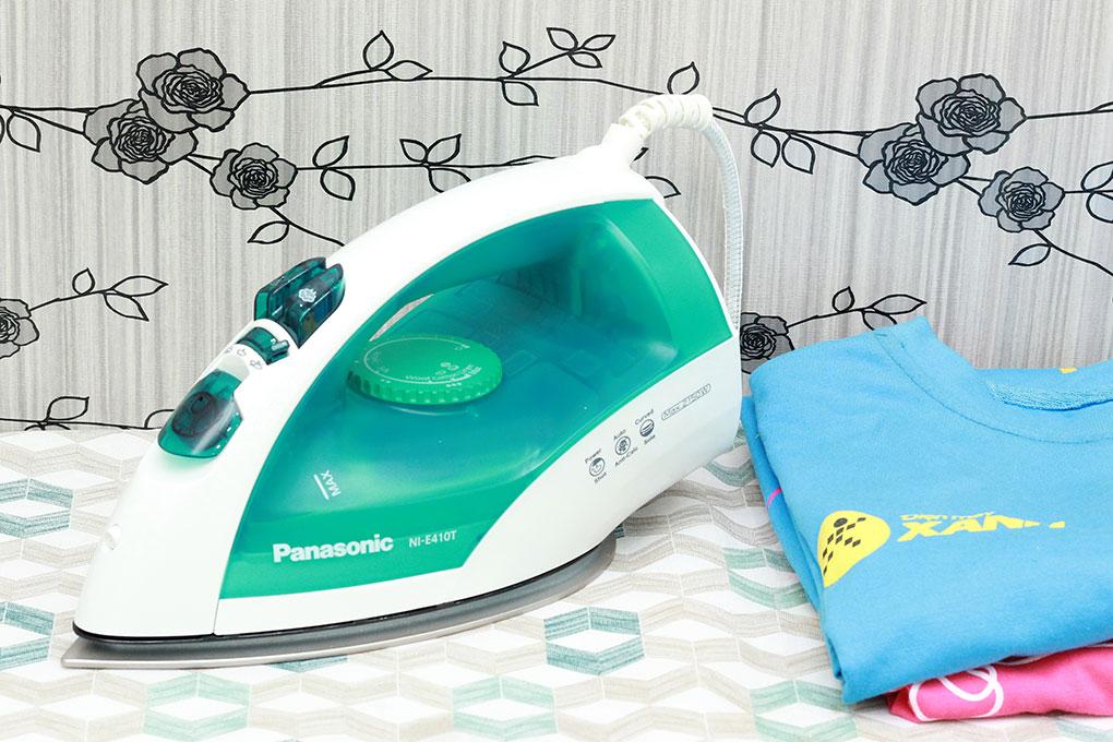 Bàn ủi hơi nước Panasonic PABU-NI-E410TMRA hình 1