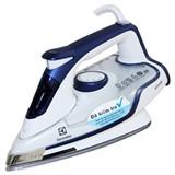 Bàn ủi hơi nước Electrolux ESI6123