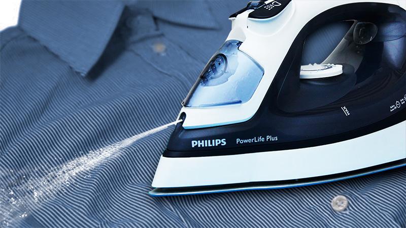 Chức năng phun tia làm ướt bề mặt vải, thích hợp ủi xếp li quần áo hay các loại vải dày