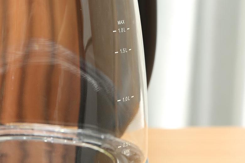 Dung tích 1.8 lít - Bình đun siêu tốc Comfee 1.8 lít CK-GC1820B
