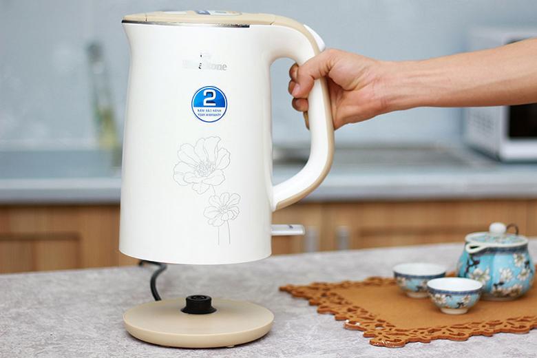 Bình có thể nhấc lên dễ dàng để vệ sinh sau khi sử dụng