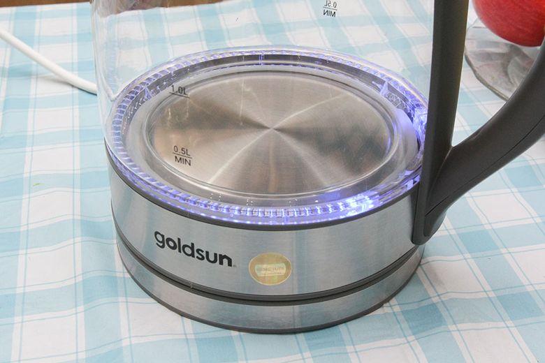 Mâm nhiệt to, có đèn LED báo hiệu