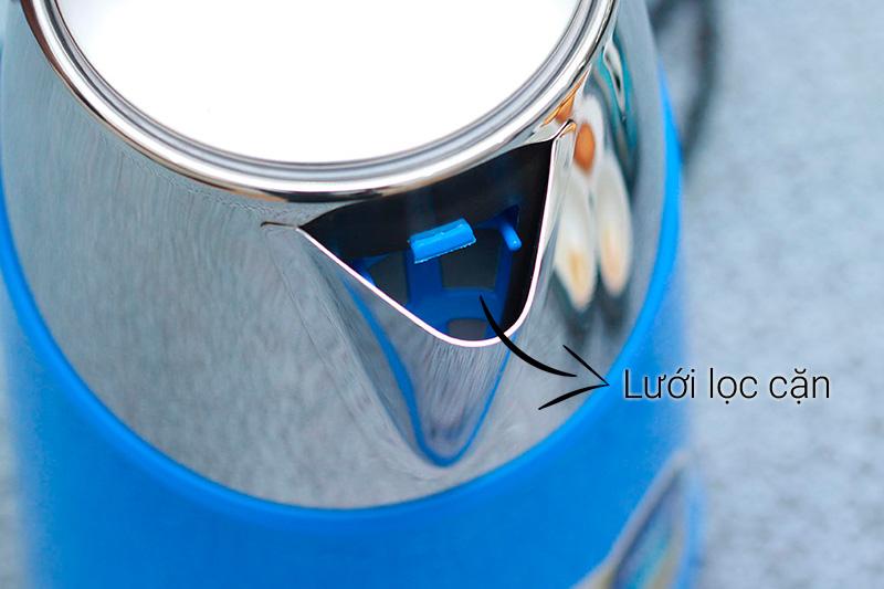 vòi bình có trang bị lưới lọc cặn giúp loại bỏ các tạp chất trong nước cho bạn nước sạch, tinh khiết hơn.