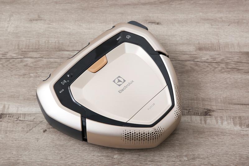 Thiết kế thông minh - Robot hút bụi Electrolux PI91-5SSM 36W