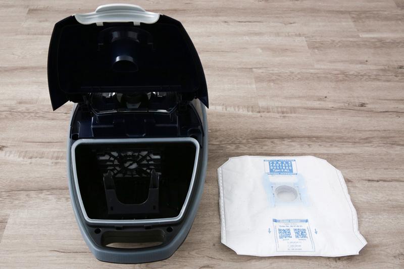 Dùng túi chứa bụi - Máy hút bụi Bosch HMH.BGL72294 2200W