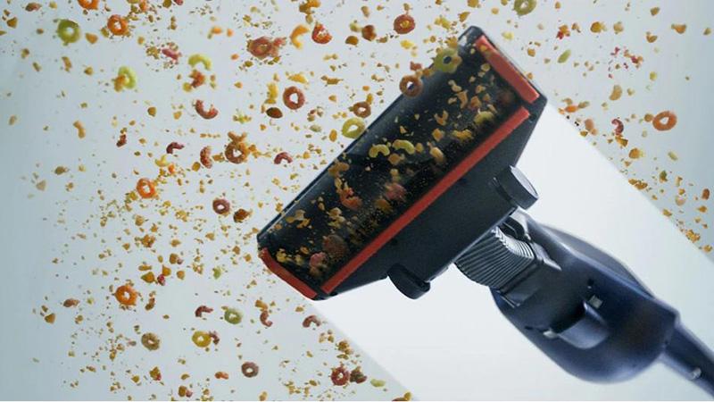 Hút và nén bụi hiệu quả - Máy hút bụi Electrolux ZB3411 37.8W