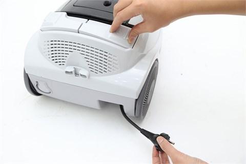 Máy hút bụi Hitachi SH18 1800 W