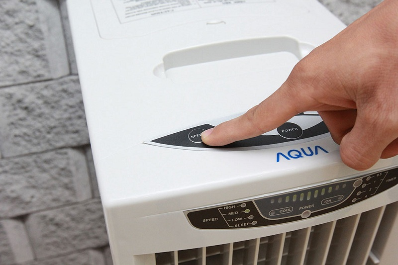 Quạt hơi nước Aqua AREF-B110MK3A
