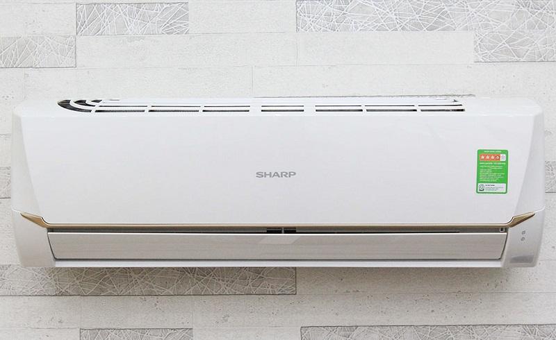 Máy lạnh có thiết kế đơn giản nhưng không kém phần cứng cáp