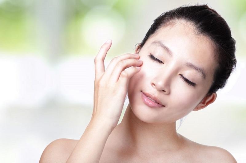 Bảo vệ da không bị khô, mất nước với tính năng cân bằng độ ẩm không khí