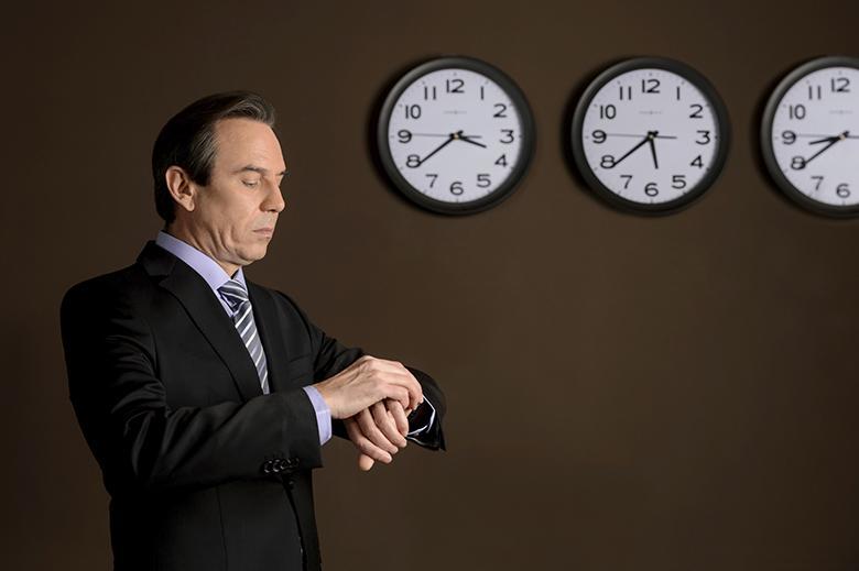 Chế độ hẹn giờ lên đến 24 tiếng cho phép bạn tùy chỉnh chính xác thời gian tắt/ mở máy