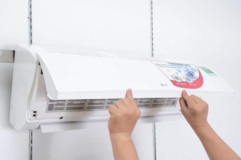 Nắp máy dễ tháo rời giúp vệ sinh máy dễ dàng hơn