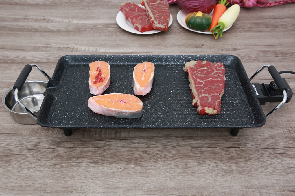 Thiết kế gọn gàng, trọng lượng nhẹ - Bếp nướng điện Sunhouse SHD4600