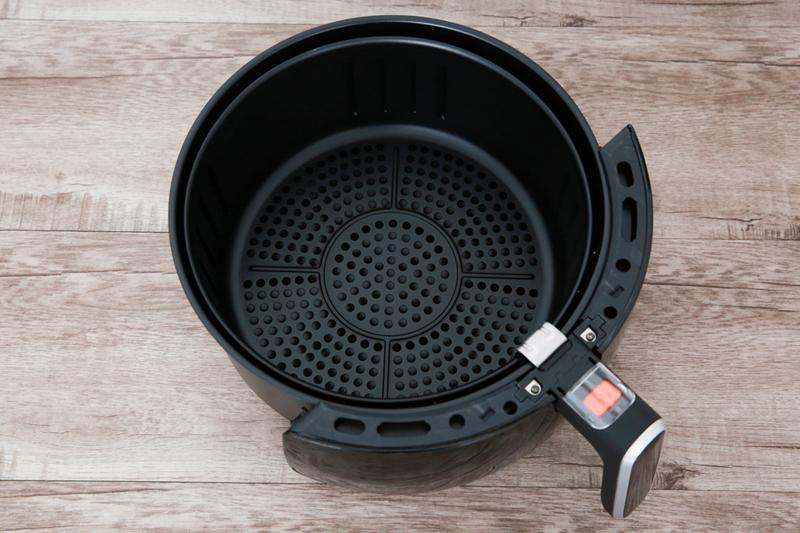 Tiện dụng, nấu ngon - Nồi chiên không dầu Bluestone AFB-5870 5 lít