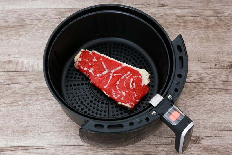 Công nghệ nấu ăn an toàn sức khỏe - Nồi chiên không dầu Bluestone AFB-5870 5 lít