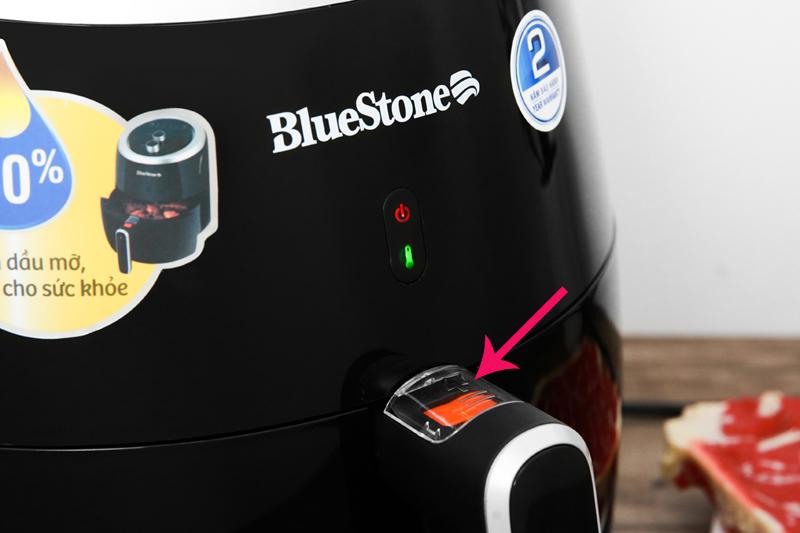 Nắp khóa tháo lòng nồi - Nồi chiên không dầu Bluestone AFB-5870 5 lít