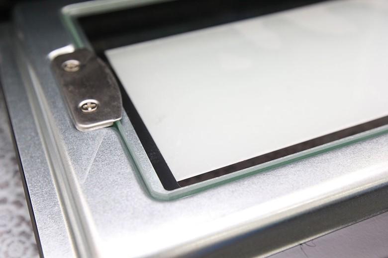 Cửa kính 2 lớp bền bỉ, giữ nhiệt tốt hơn