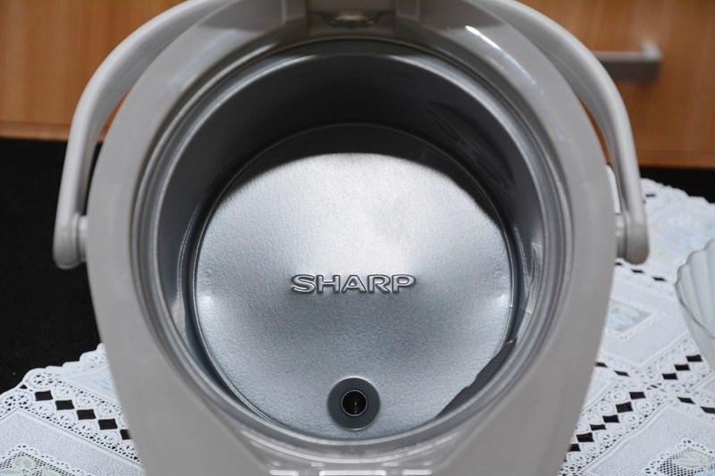 Bình thủy điện Sharp KP-20BTV 1.7 lít  - ruột bình tráng men an toàn khi sử dụng