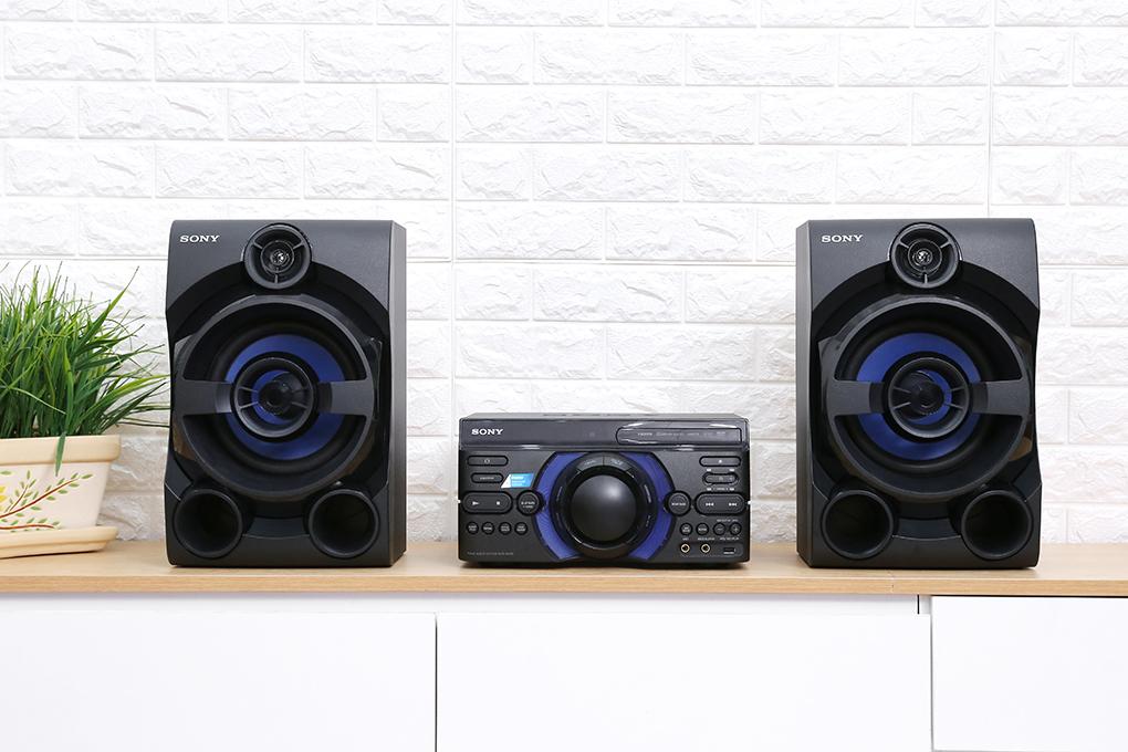 Thiết kế hiện đại trên Dàn âm thanh Sony MHC-M40D