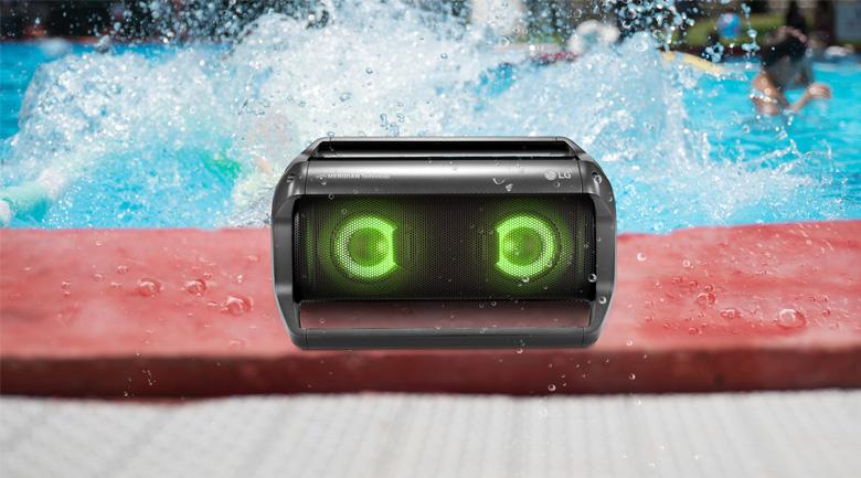 Tính năng chống nước của Loa Bluetooth LG PK5