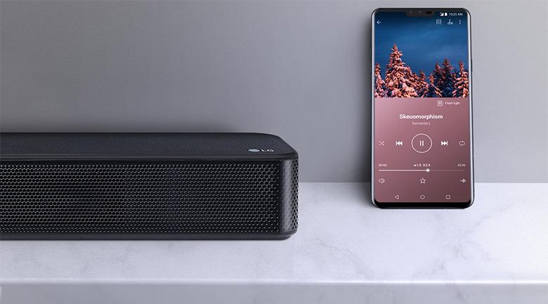Chuyển đổi, truyền phát nhạc trực tiếp từ điện thoại qua loa với kết nối không dây Bluetooth có đường truyền ổn định, chất lượng - Dàn âm thanh LG 4.1 SL5R 520W
