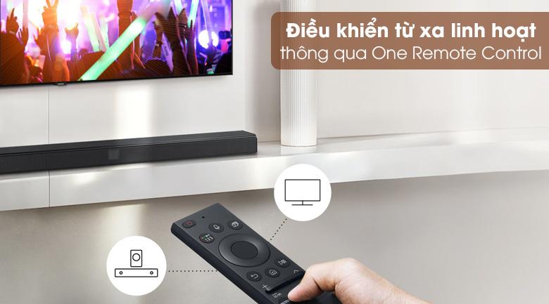 Loa thanh Samsung HW-A550 - Sử dụng linh hoạt, điều khiển từ xa mà không cần lại gần loa với One Remote Control