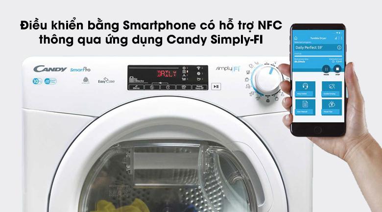 Máy sấy Candy CSO C10TE-S có thể kết nối với điện thoại hỗ trợ NFC