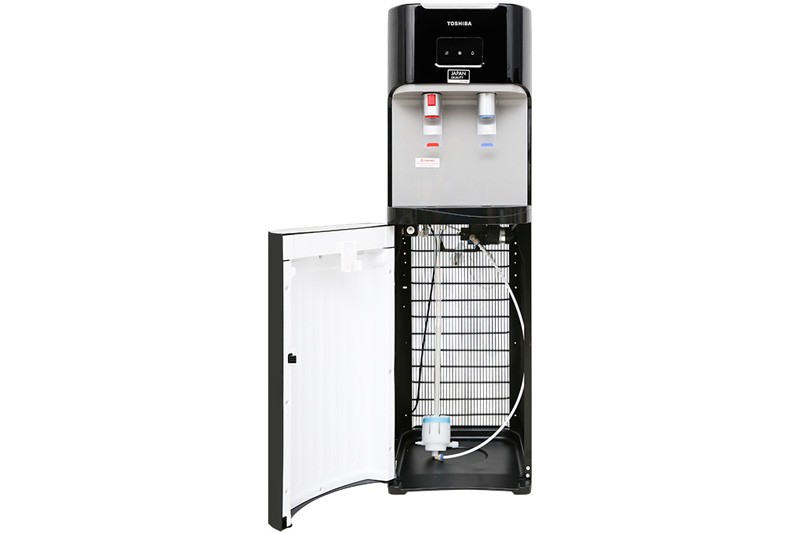 Dễ thay bình nước - Máy nước nóng lạnh Toshiba RWF-W1669BV(K1)