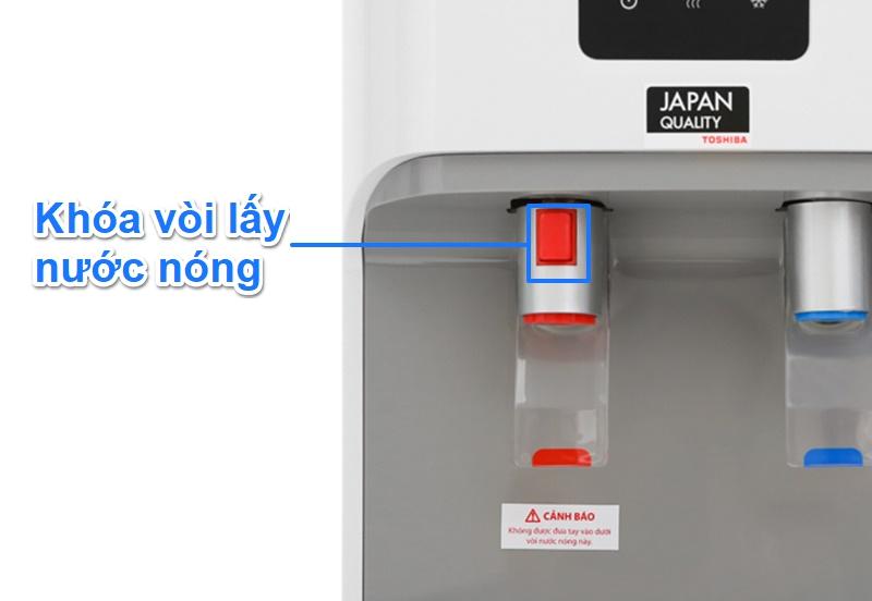 Vòi lấy nước nóng có trang bị khóa vòi - Cây nước nóng lạnh Toshiba RWF-W1664TV(W1)